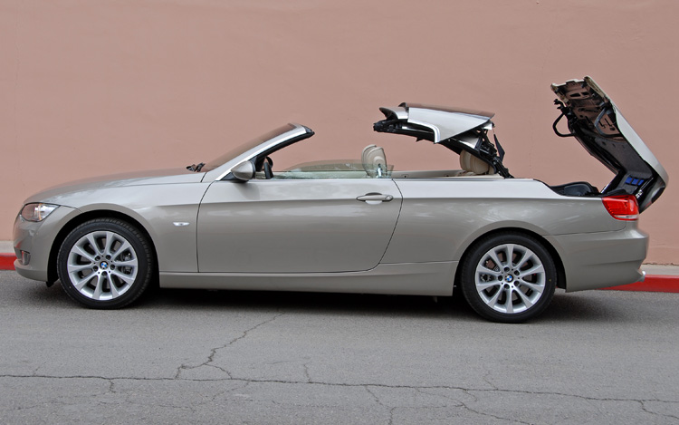 2007 bmw 335i convertible first drive review motor trend. Black Bedroom Furniture Sets. Home Design Ideas